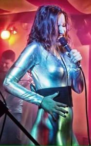 Space Elevator singer, The Duchess